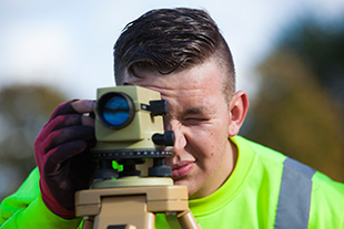 apprentice_surveyor_310